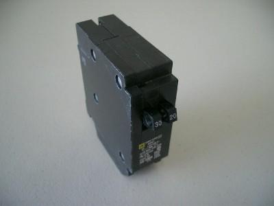Twin 30-15 Amp Circuit Breaker